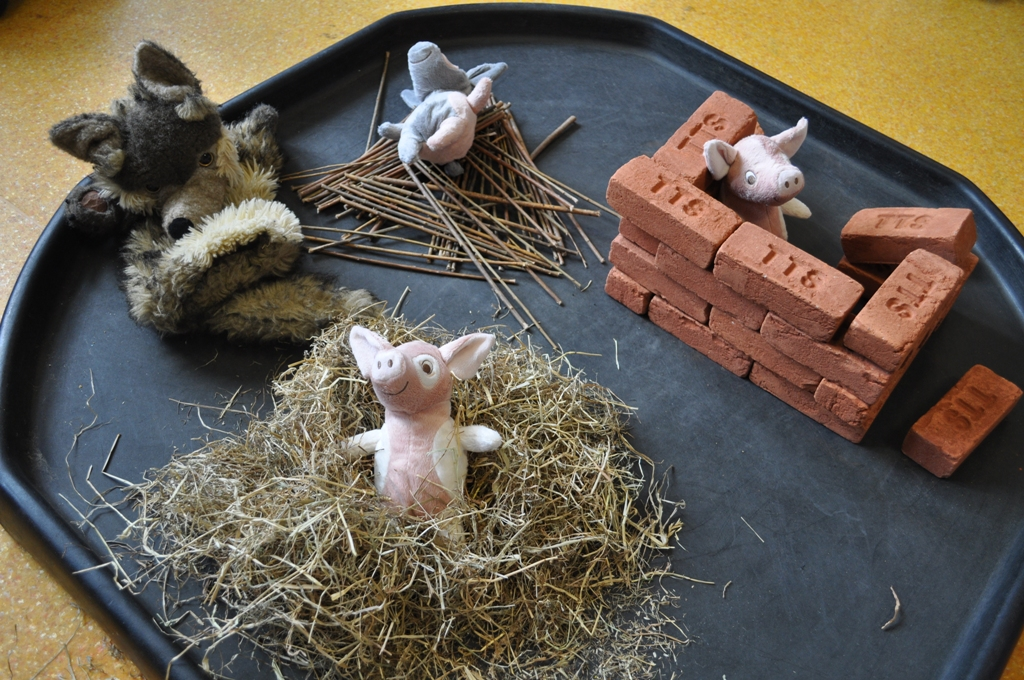 Extending the EYFS activity the Three Little Pigs