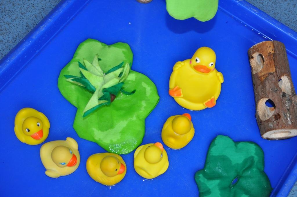 Nursery Rhyme Five Little Ducks went swimming one day