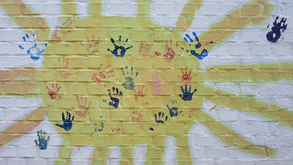 using handprint art in early years